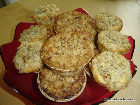 Äppelmuffins med havretopping