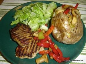 Kotlett med bakad potatis