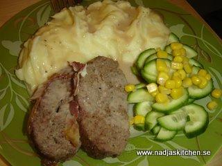 Köttfärslimpa med potatismos o brunsås