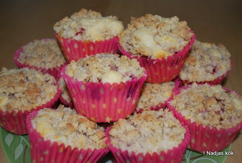 Hallonmuffins med crum´ble