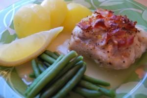 Hoki med bacon,citron, timjan o vitvinsky