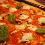 Pizza Vegetariana med mozzarella