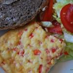 Äggkaka med ost och paprika