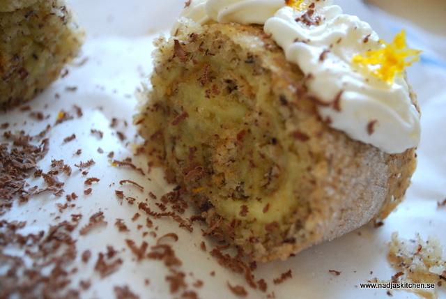 Nötrulltårta med apelsinkräm
