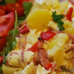Ugnspannkaka med grönsaker och skinka