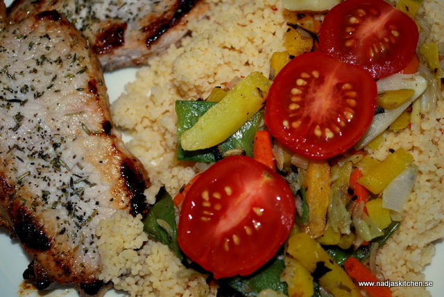 Örtkotlett med couscous och wok - propoints - viktväktarna - nadjaskitchen - vvvtillsammans - recept - matblogg