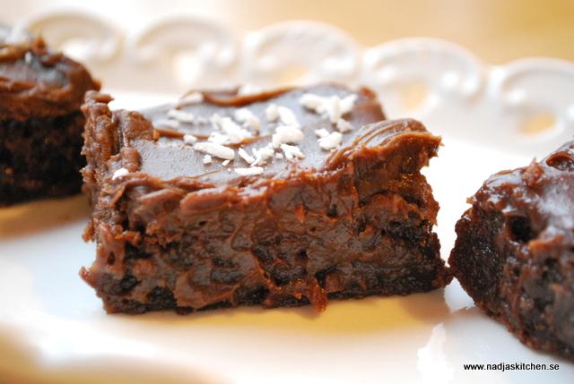 Mjölkchokladbrownies med chokladtryffel