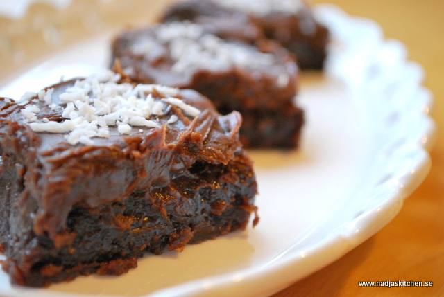 Mjölkchokladbrownies med chokladtryffel - hembakat - choklad - tryffel -