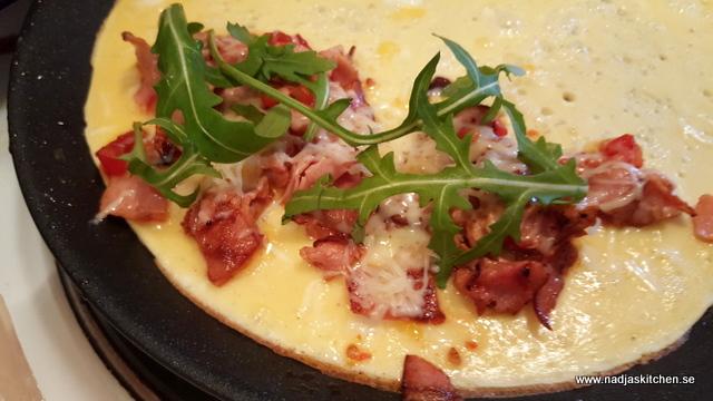 Omelett med skinka, tomat, ost och ruccola -smartpoints- viktväktarna- lunch -middag