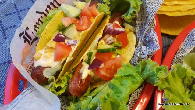 Korvtaco med guacamole och tacoyoghurt-lithells korvtacos-lithells-smartpoints-vvtillsammans-viktväktarna